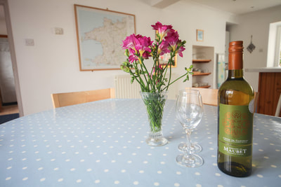 Dining room, Ty Dafydd, Newport Pembs Holiday Cottage